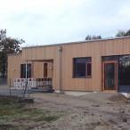Unser Bubenreuther KinderBunt-Hort ist schon in Betrieb. Im Sommer ist der Garten fertig.